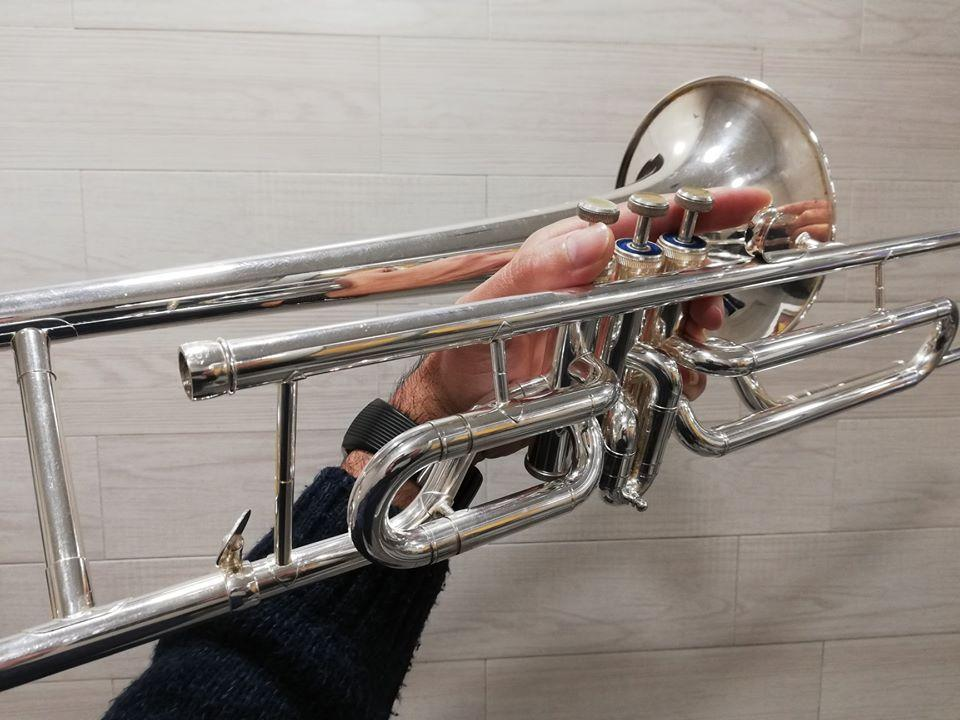 Trombón Rott de pistones en Do plateado- 560€