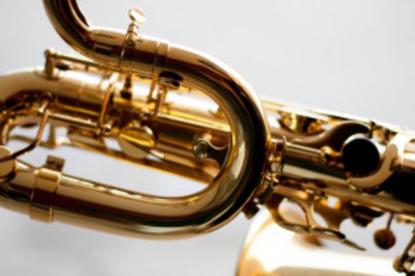Altissimo fingerings for baritone saxophone 600x399